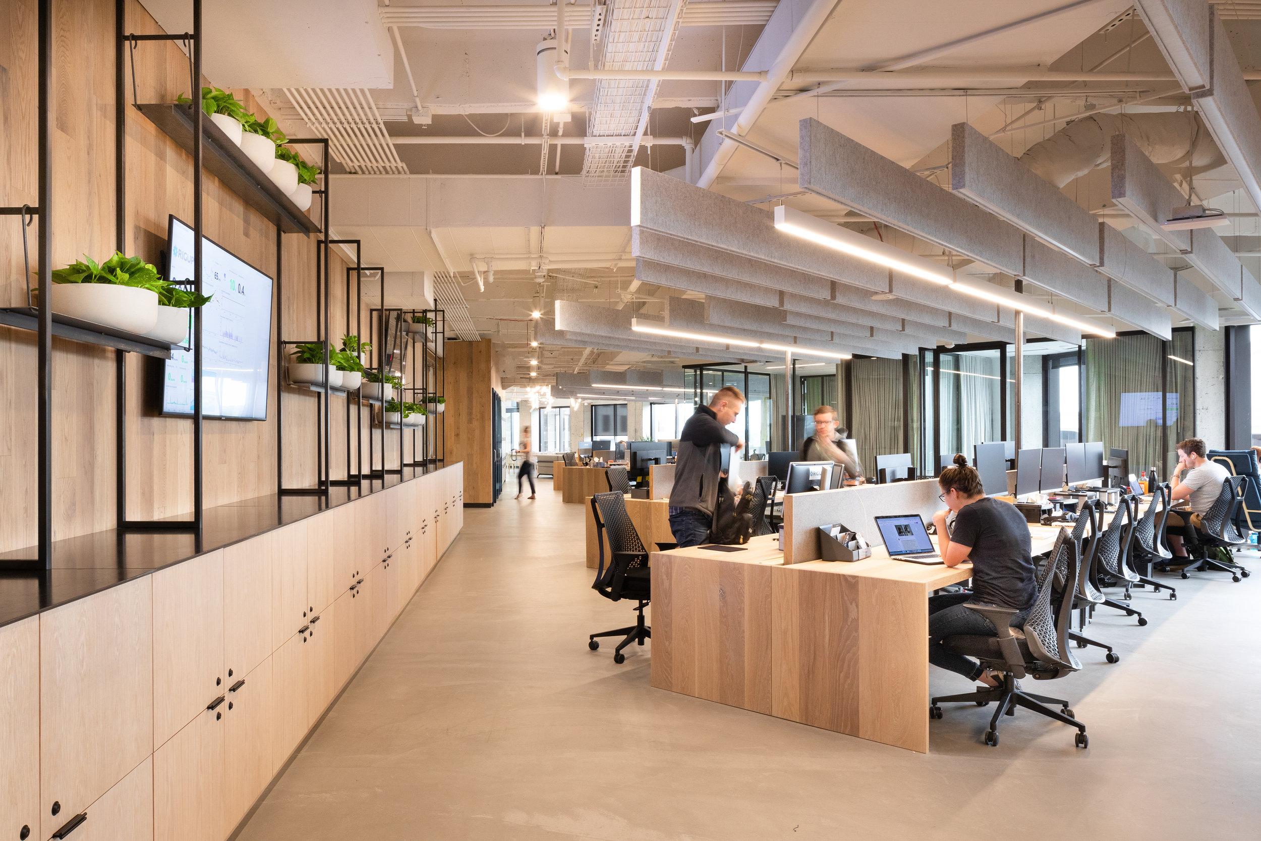 1 RigUp Office by Matt Fajkus Architecture. Photo by Hua Liu and Rachel Deng.jpg