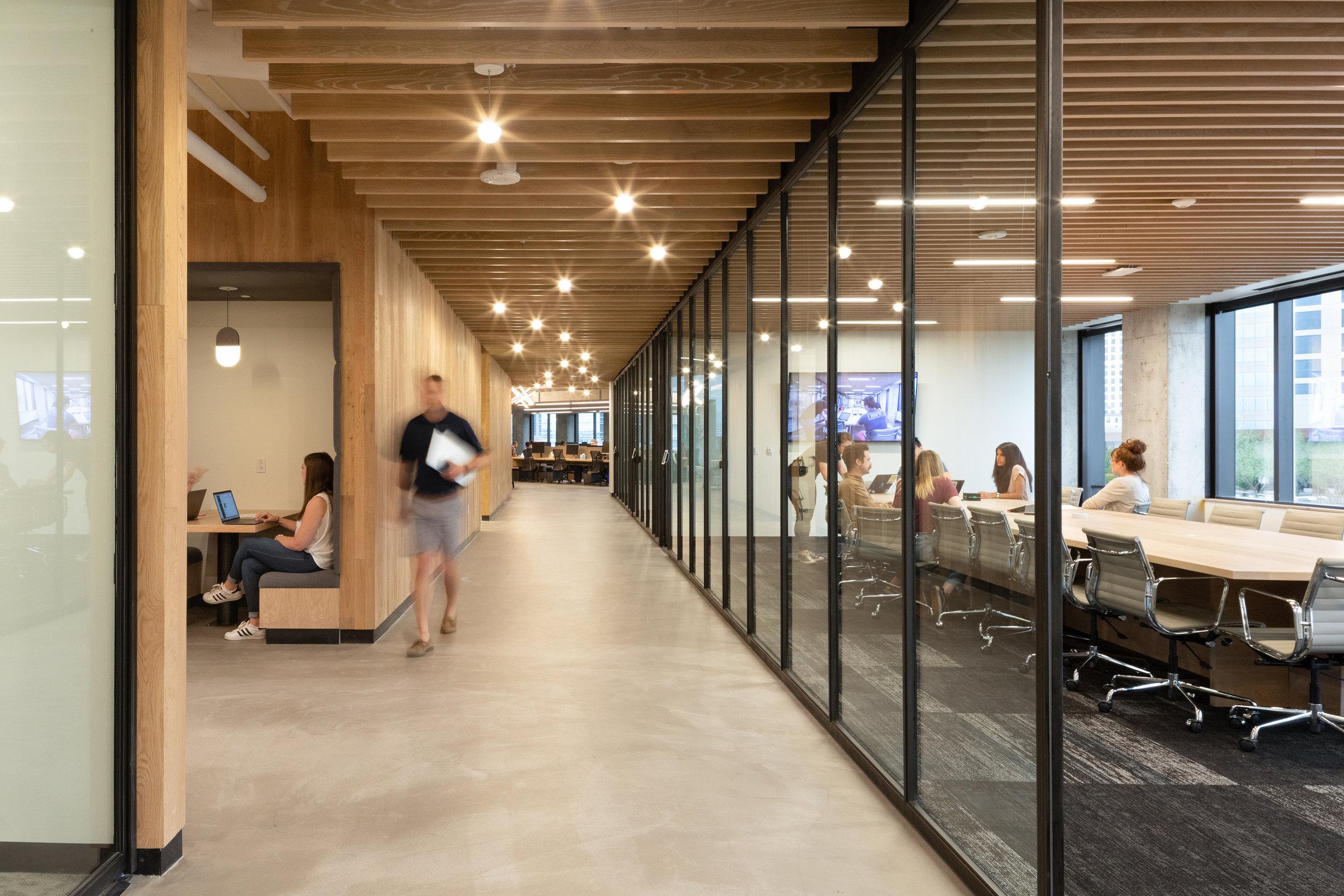 2 RigUp Office by Matt Fajkus Architecture. Photo by Hua Liu and Rachel Deng.jpg