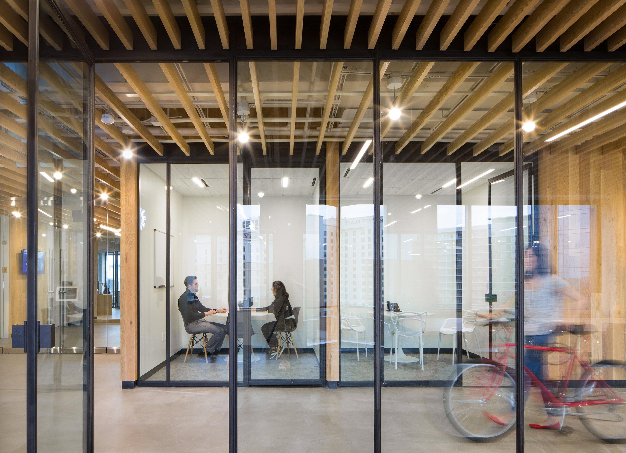 3 RigUp Office by Matt Fajkus Architecture. Photo by Hua Liu and Rachel Deng.jpg