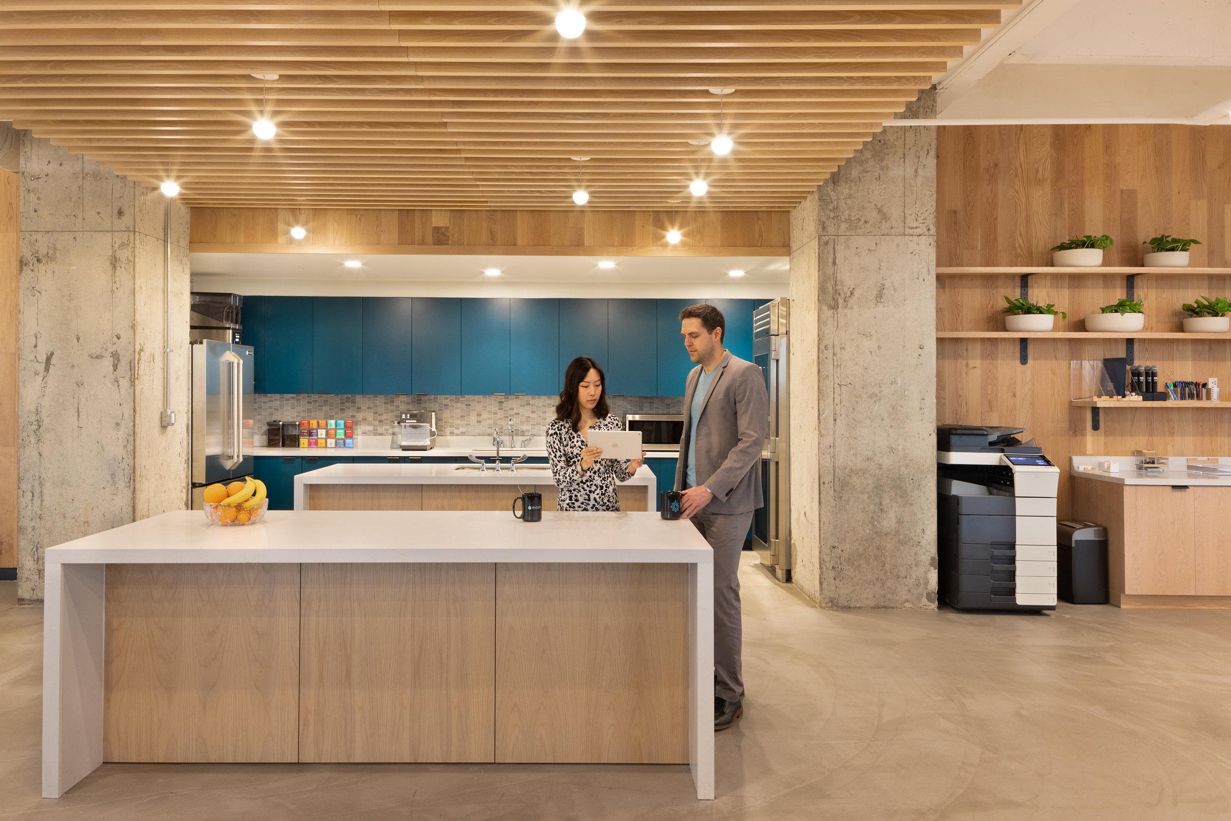 19 RigUp Office by Matt Fajkus Architecture. Photo by Hua Liu and Rachel Deng.jpg