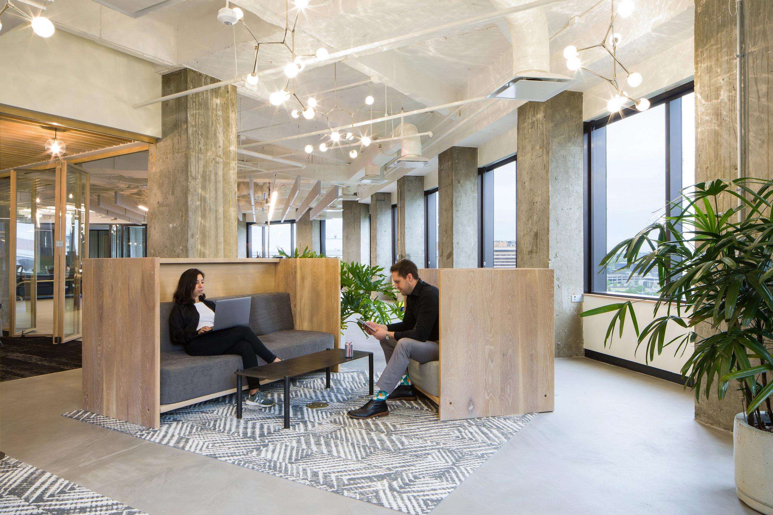 23 RigUp Office by Matt Fajkus Architecture. Photo by Hua Liu and Rachel Deng.jpg