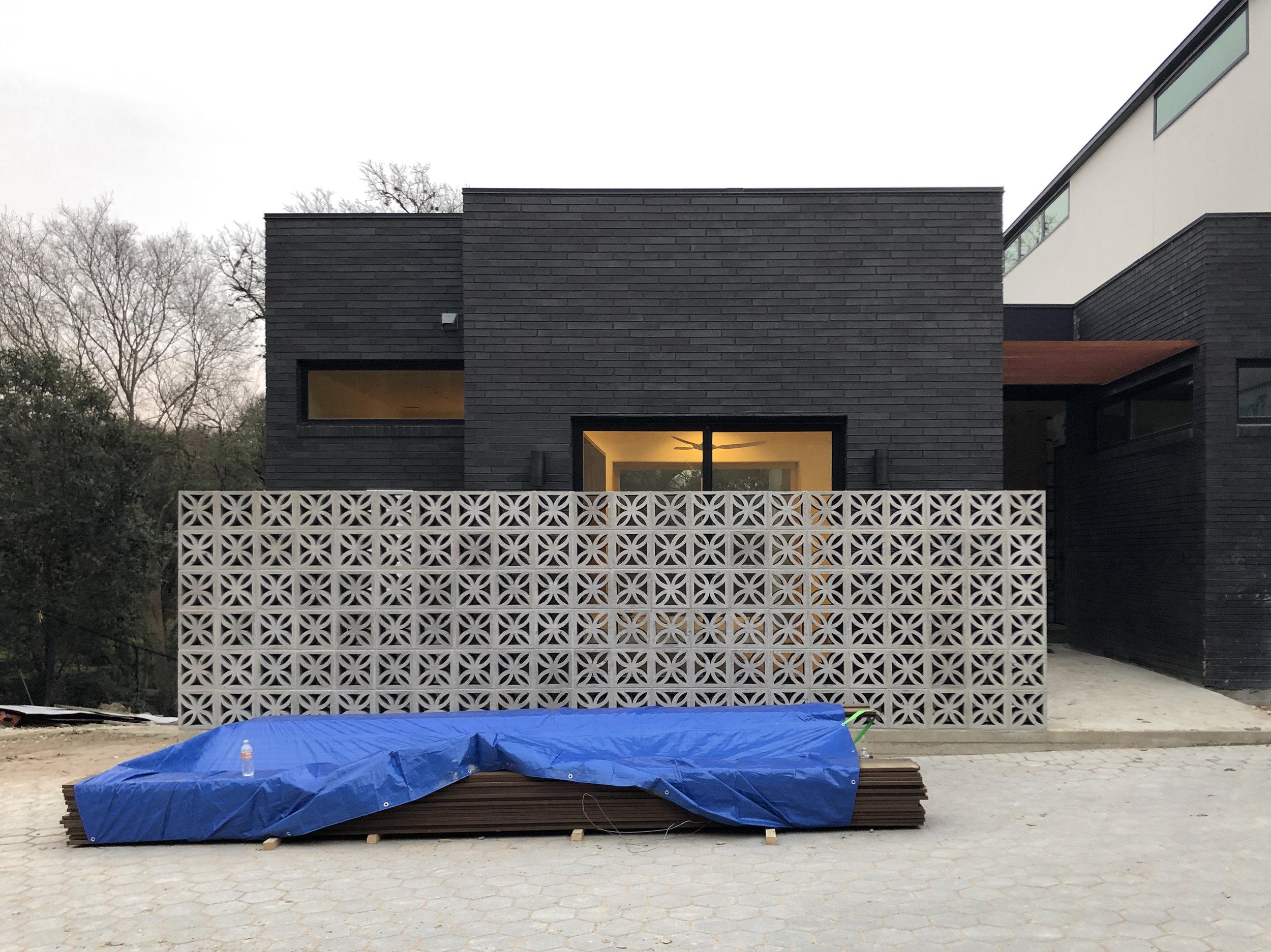 Descendant House by Matt Fajkus Architecture. Construction 11.jpg
