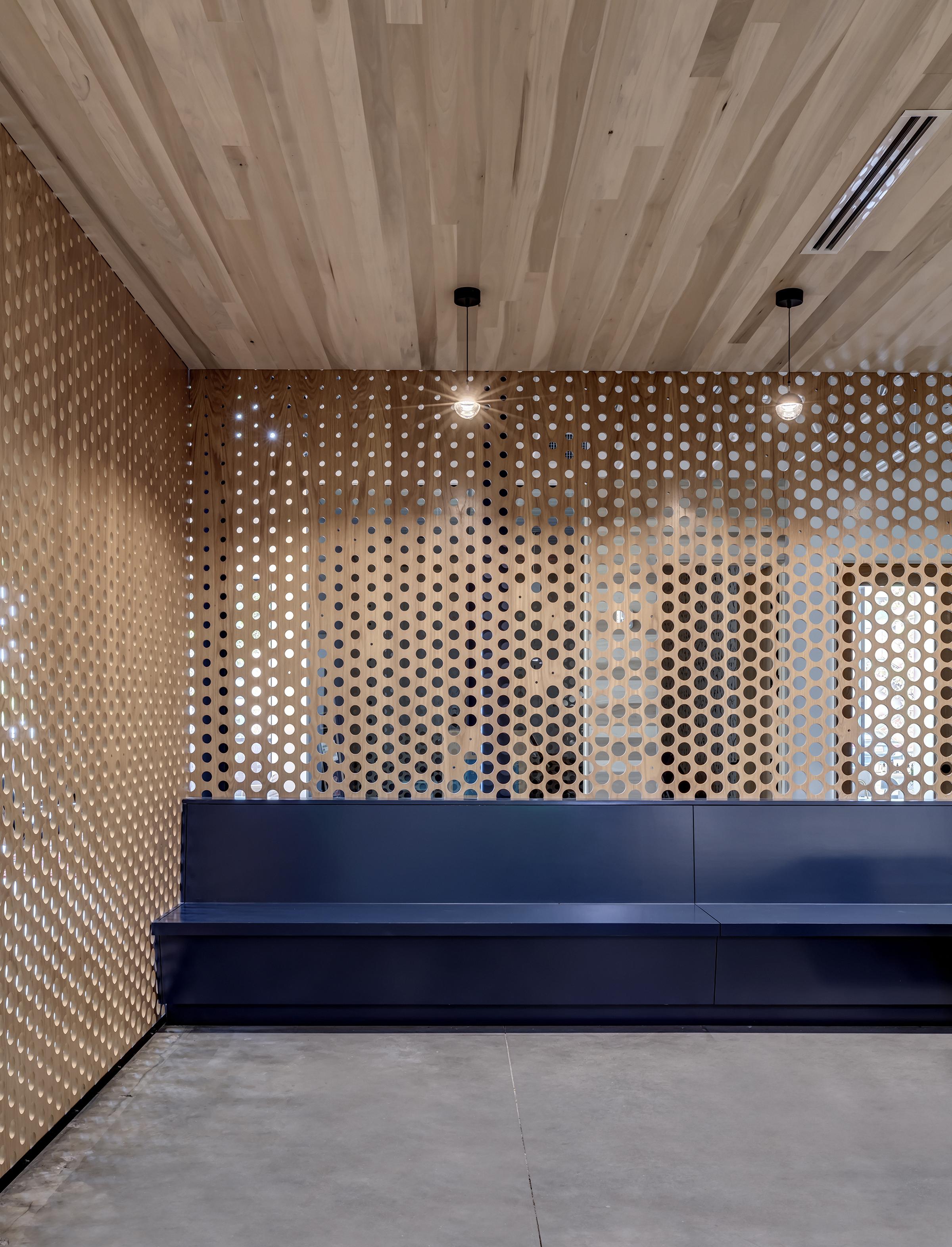 JDI Office by Matt Fajkus MF Architecture. Photo 9 by Charles Davis Smith.jpg