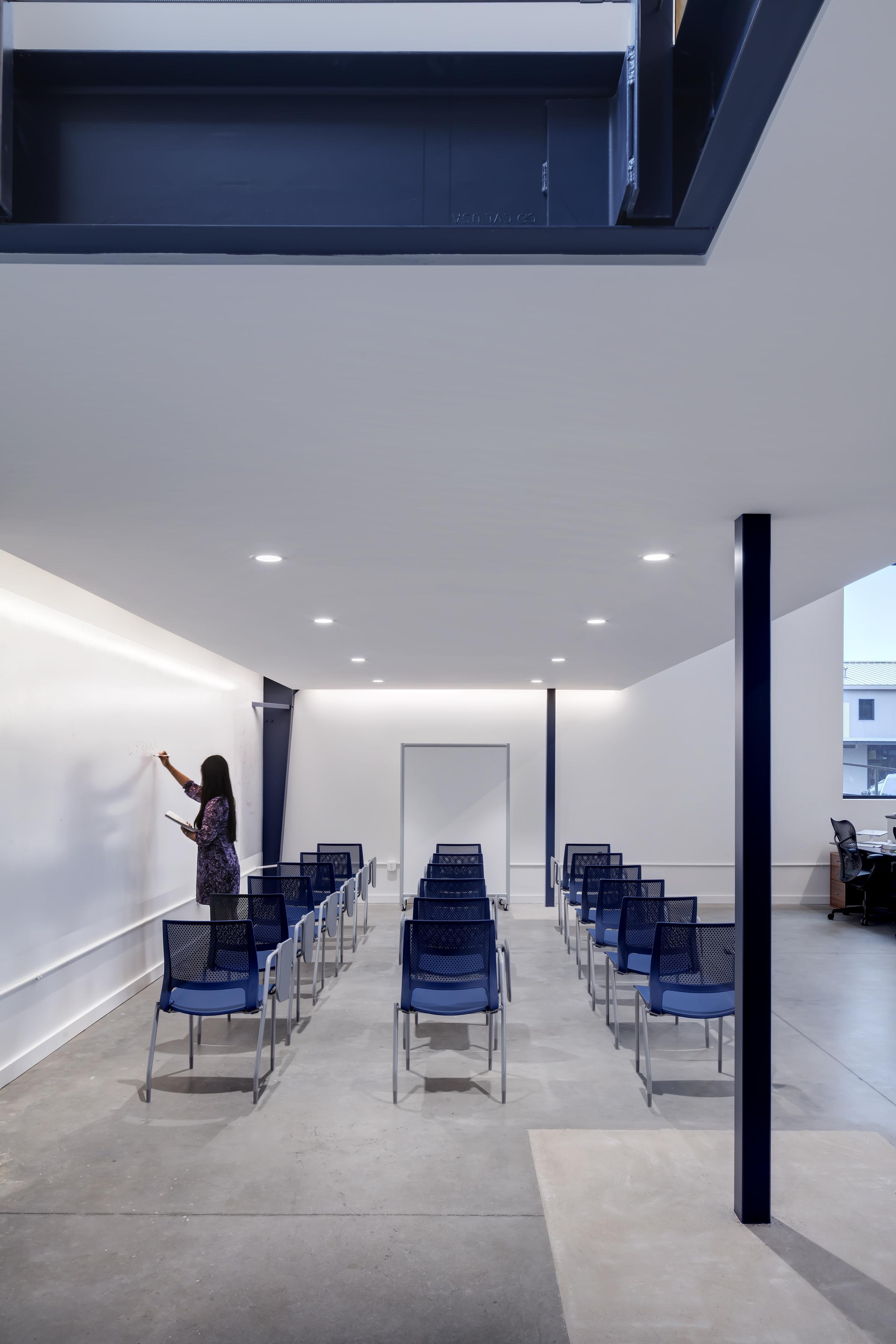 JDI Office by Matt Fajkus MF Architecture. Photo 13 by Charles Davis Smith.jpg