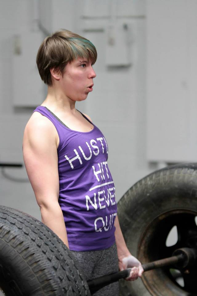 Slamlet lifting in the BeYon Strong Strongwoman Contest, February 2015