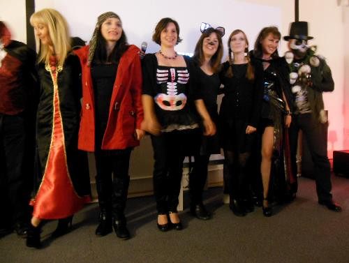 Our October 25 scarycool halloween movie meet-up gave many attendees the chance to have a little cosplay!