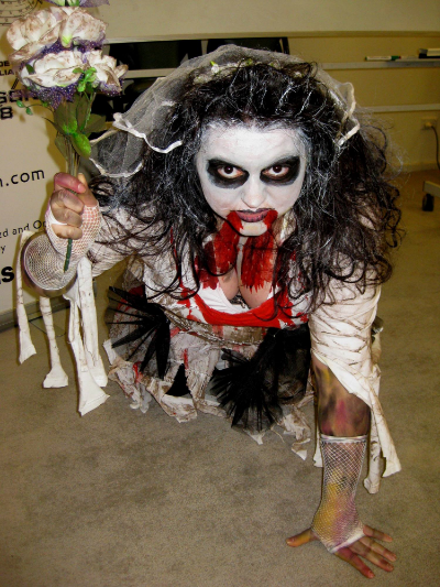 August 8 to 10 National Club Convention and our Zombie Walk workshops have been fantastic and here is Eve's completed transformation! Ilona's workshops are most popular!