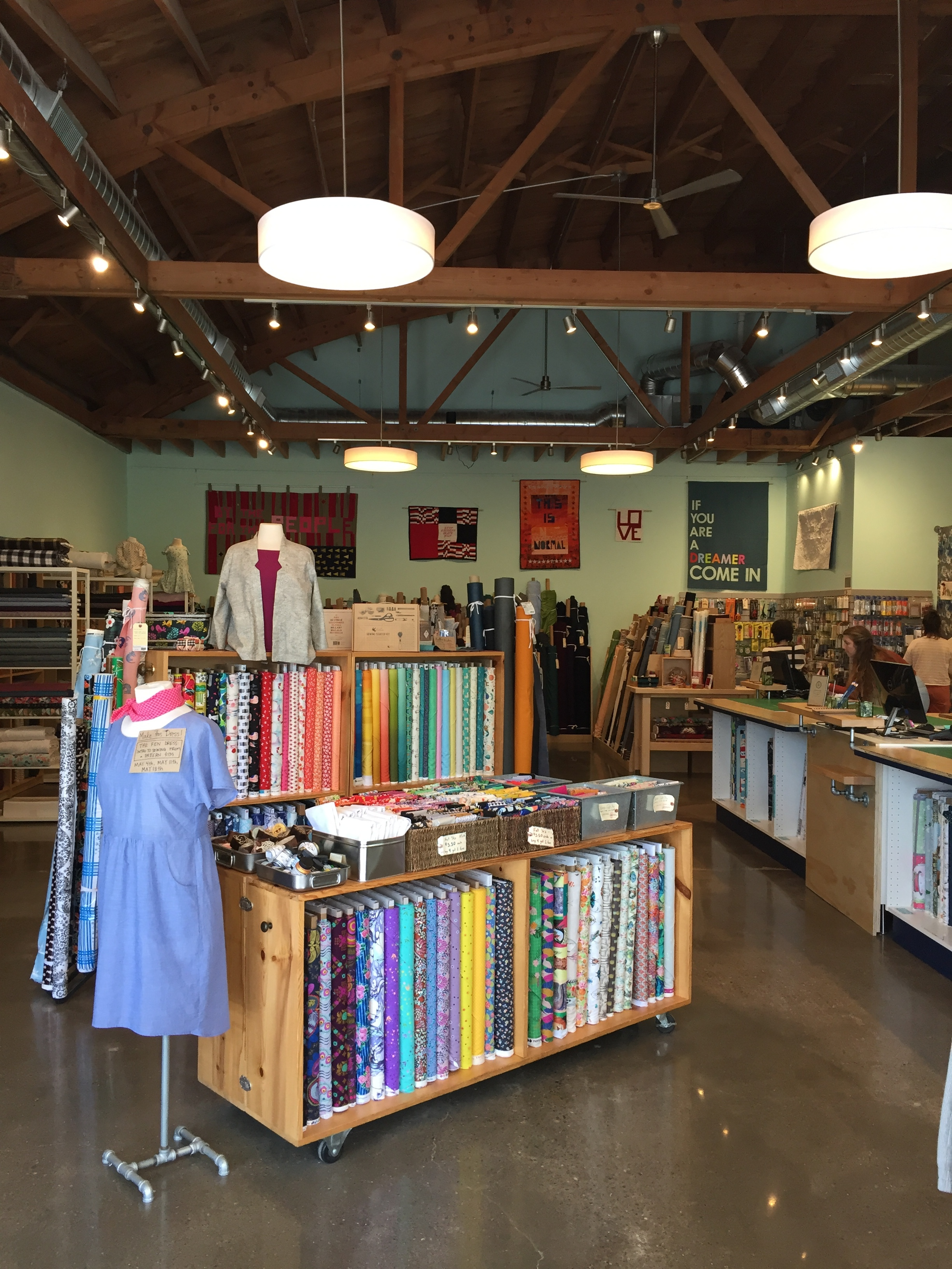 word quilts shop pic.JPG