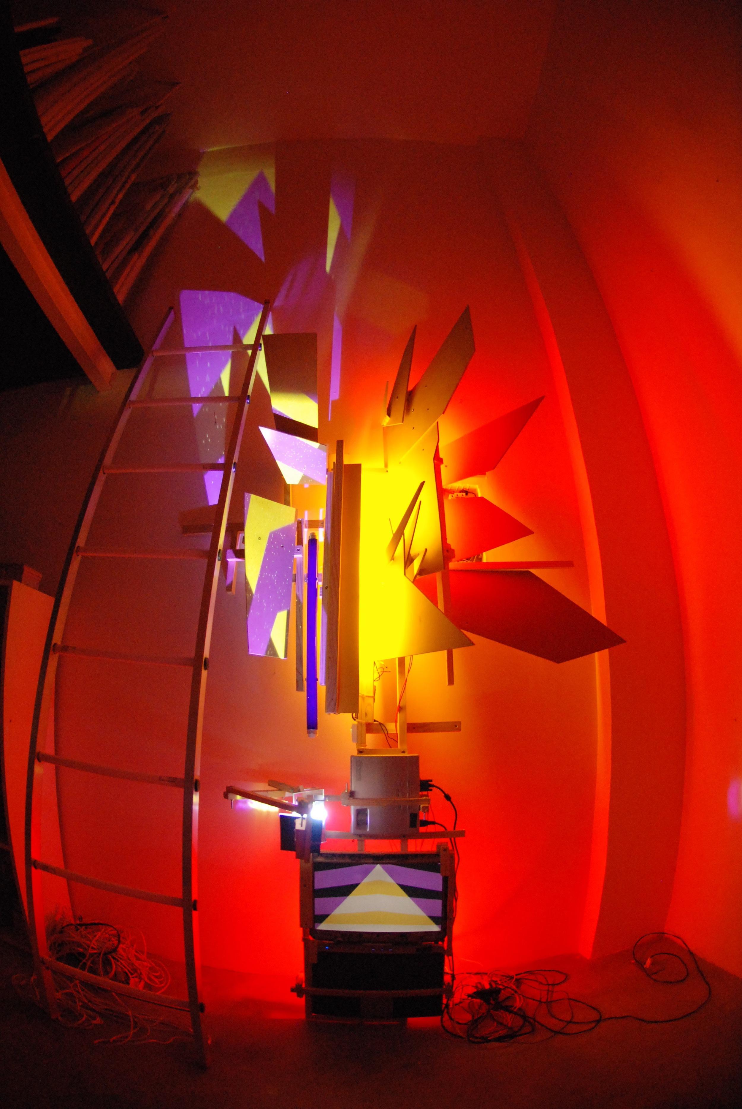 Montagem da Exposição na AmareloNegro - 002.jpg