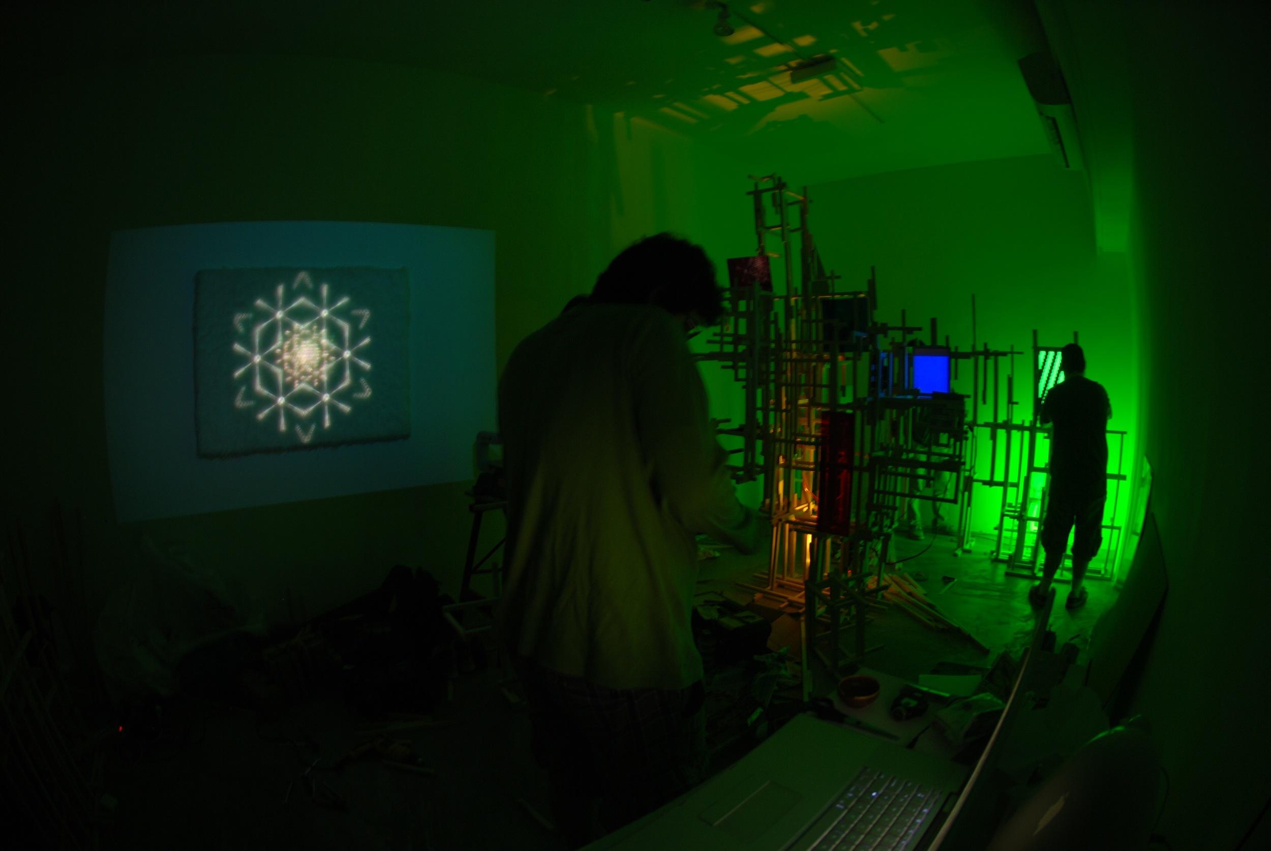Montagem da Exposição na AmareloNegro - 031.jpg