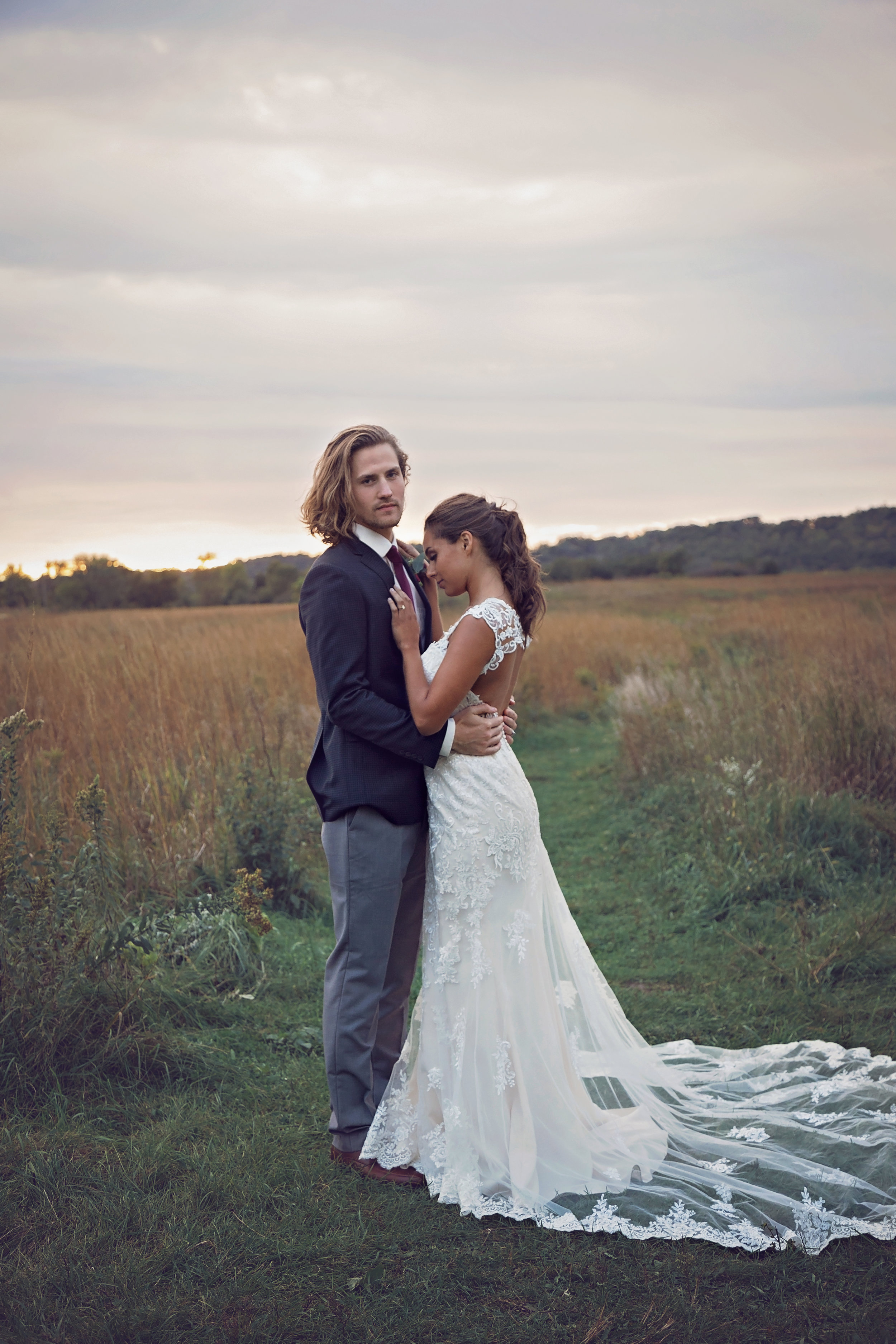 MINNESOTA WEDDING PHOTOGRAPHER   J. longs     INSPIRE BRIDAL BOUTIQUE   INTUITION WEDDINGS BY ID PHOTOGRAPHY