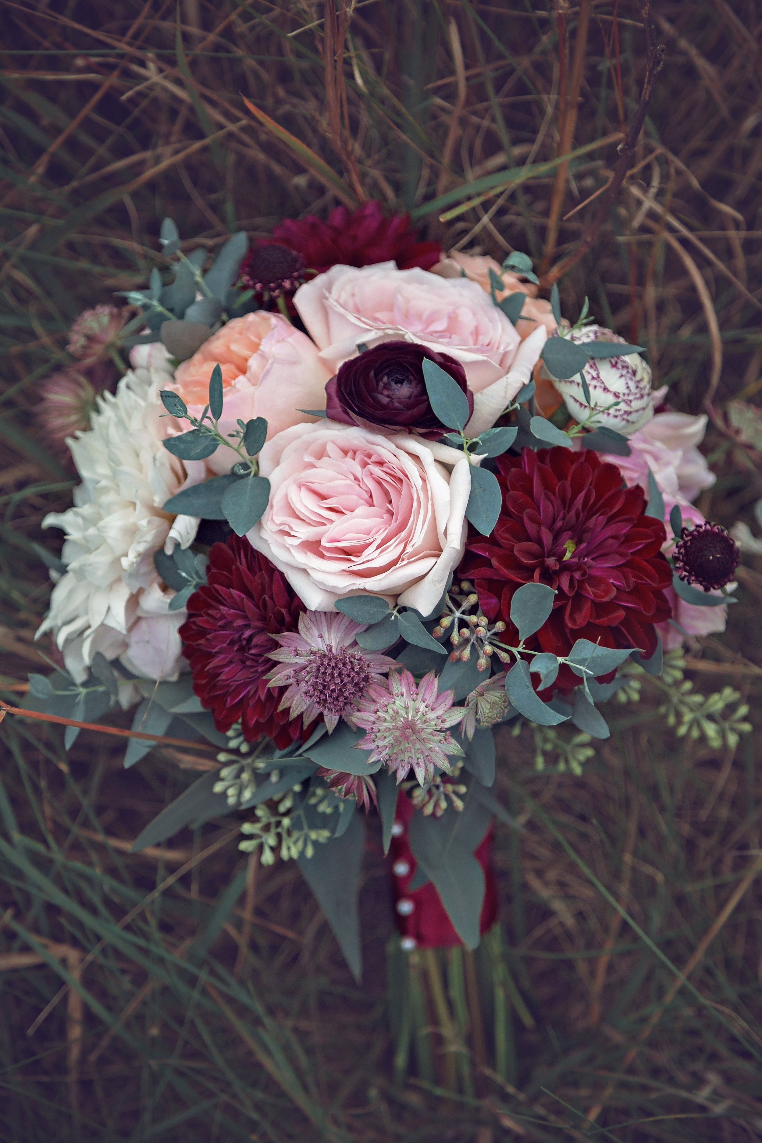 MINNESOTA WEDDING PHOTOGRAPHER   Blooming Creations   INTUITION WEDDINGS BY ID PHOTOGRAPHY