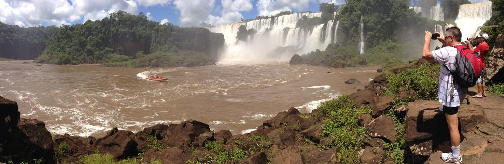 The awesome Ingazu Falls - Argentina