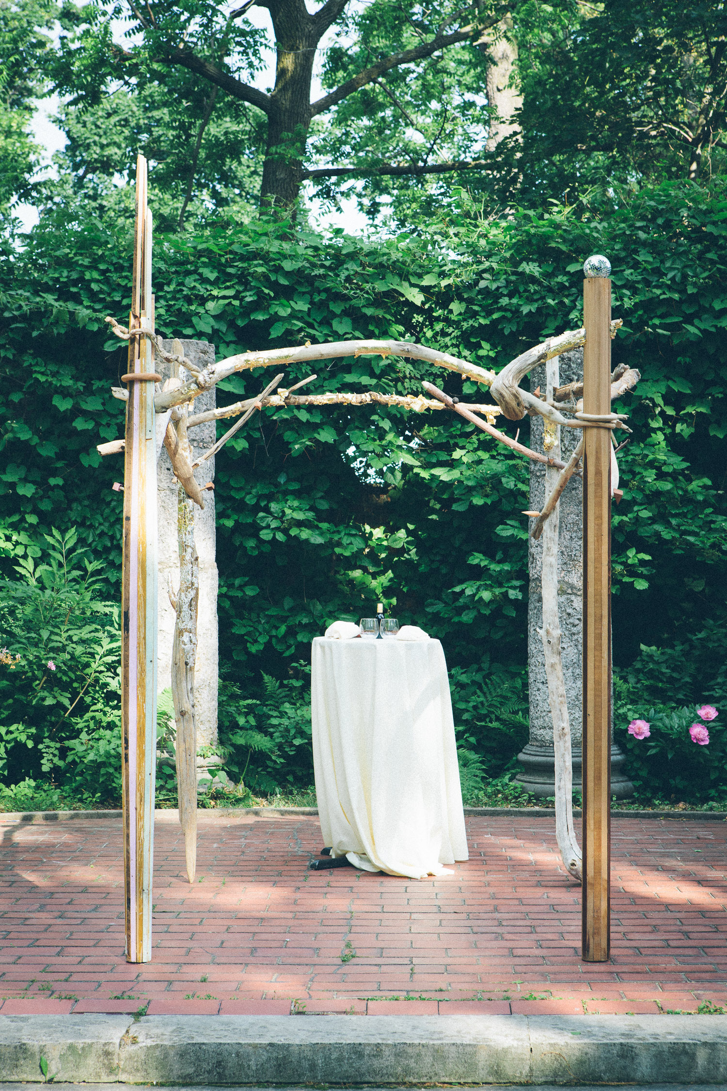 How incredibly gorgeous is this chuppah? It's part of Jewish wedding tradition. It symbolizes a temporary home for the bride and groom, before they go off to make their own permanent home. This one was designed by a friend of the couple. I love the wild, natural feel of it! I think it works perfectly with the natural background here at the Yonkers wedding venue, Alder Manor!