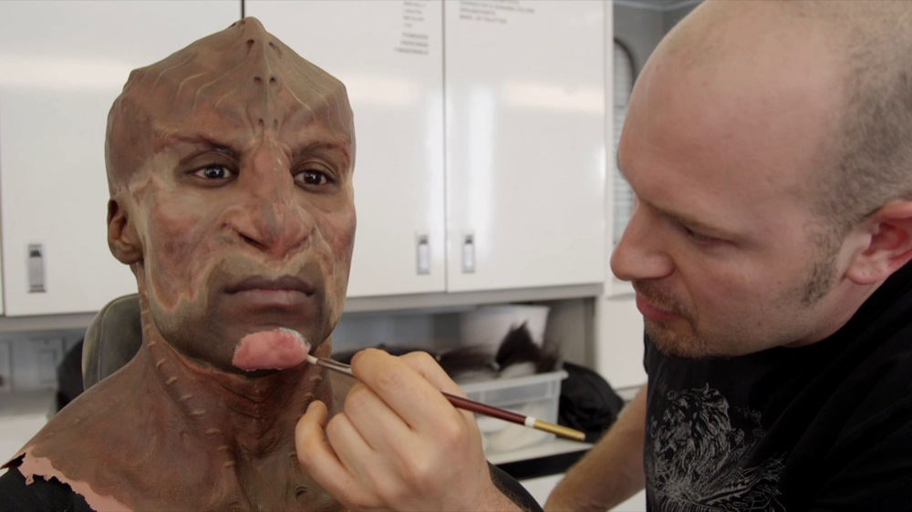 Lead Klingon almost fully made-up