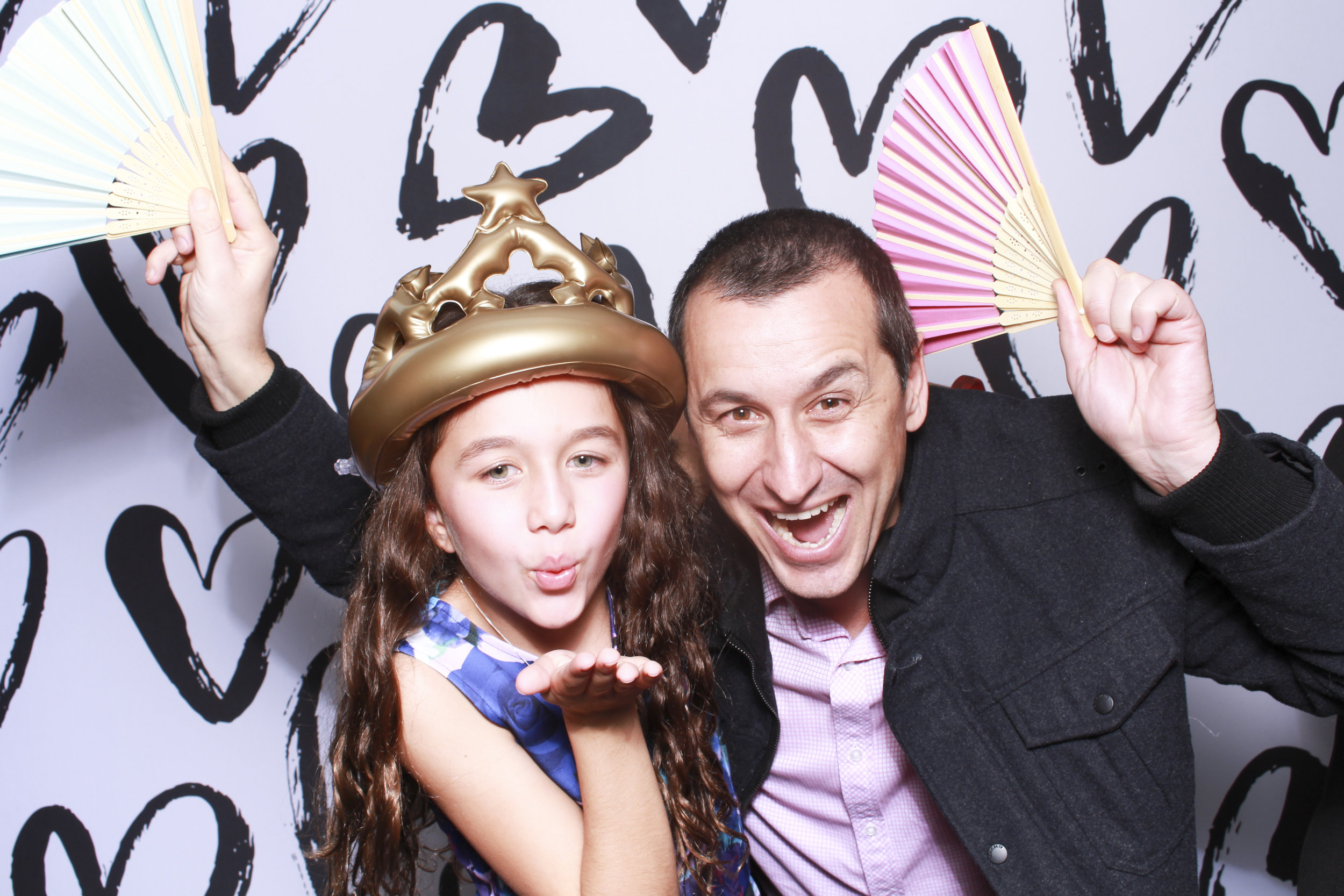 Photo booth hire sydney heart backdrop 4.jpg