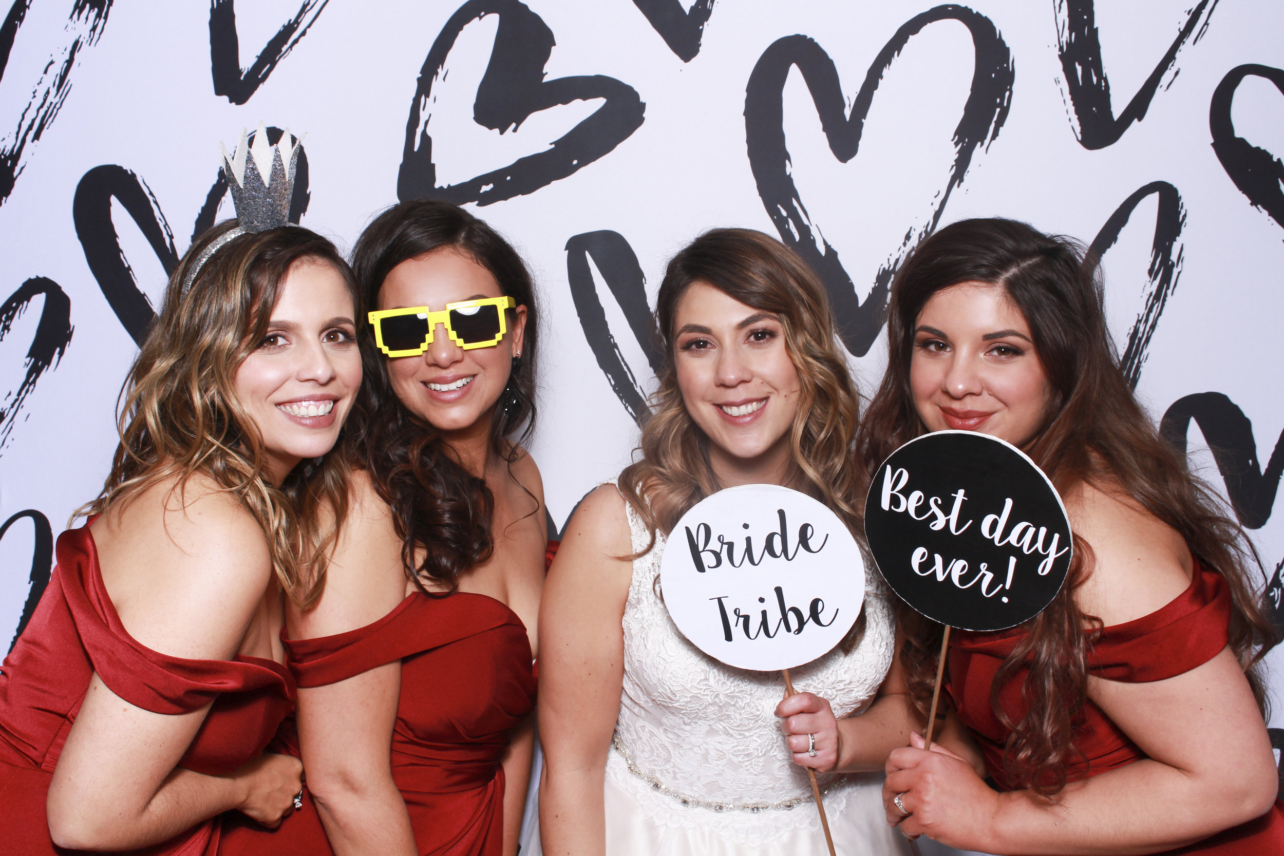 Photo booth hire sydney heart backdrop 3.jpg