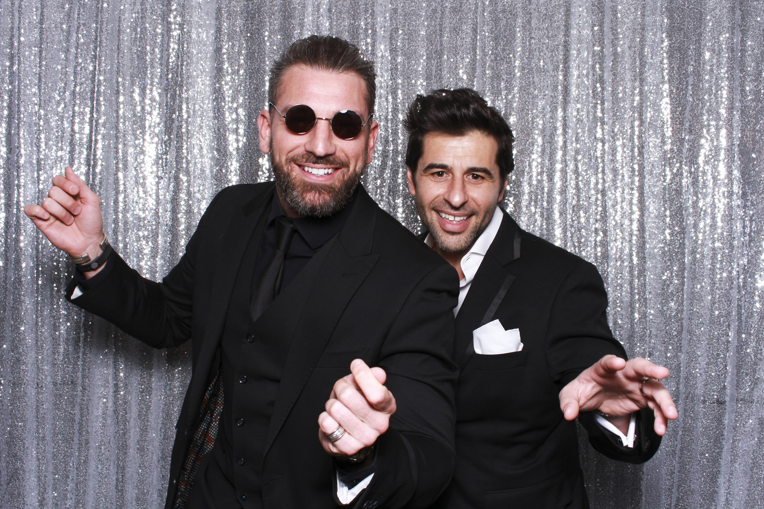 Photo+booth+hire+sydney+wollongong+silver+sequin3.jpg