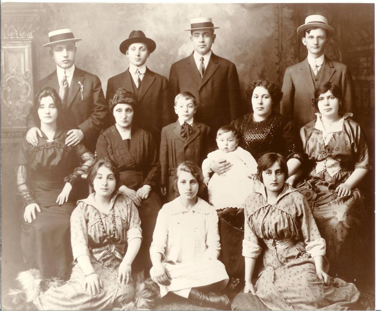 Rosenfeld Laubs 1913.jpg