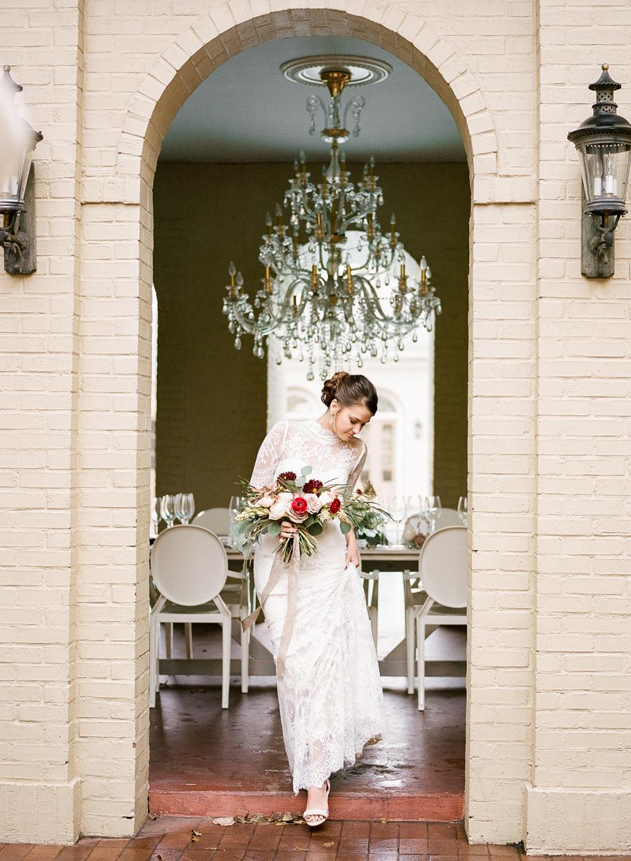 nashville-wedding-photography-inspiration-speckled-spring-easy-ivy-mansion-09.JPG