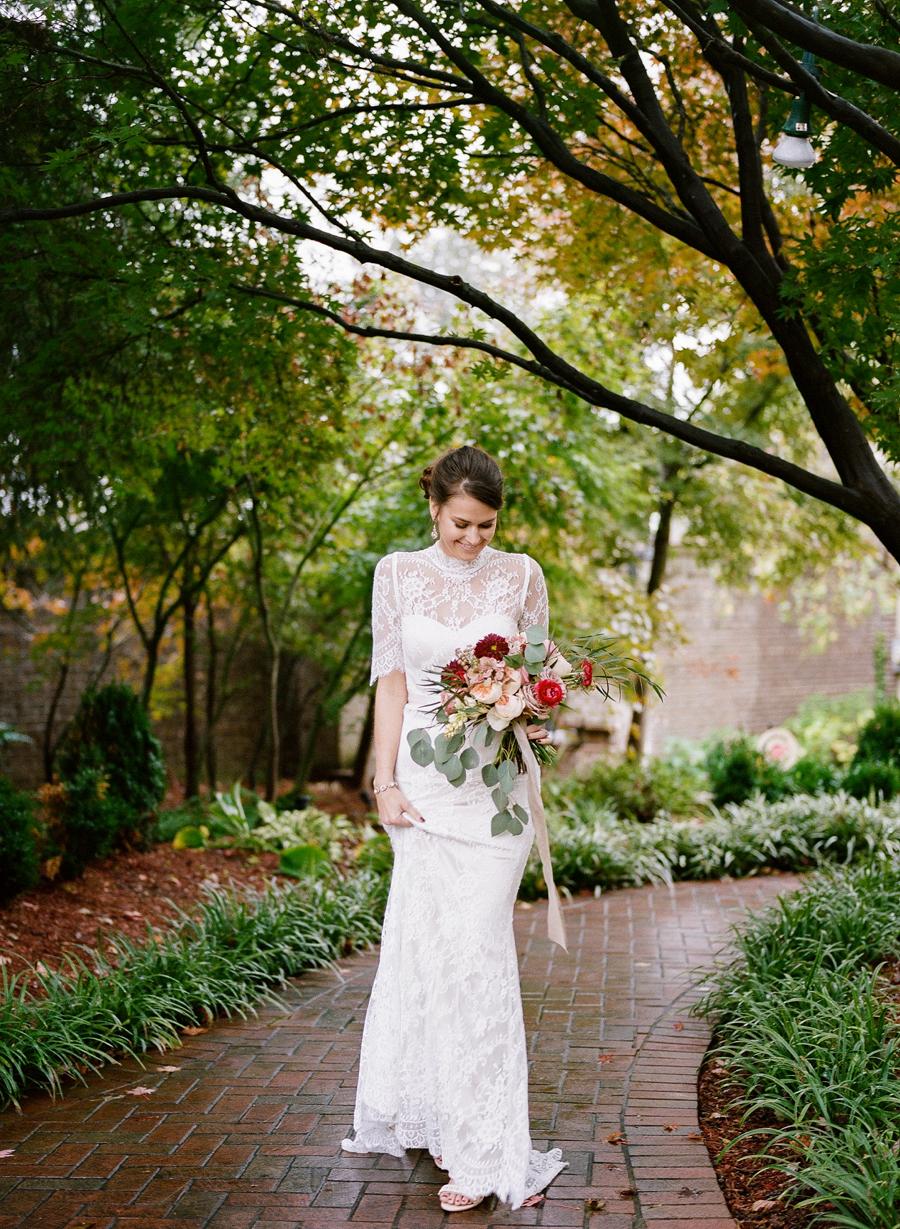 nashville-wedding-photography-inspiration-speckled-spring-easy-ivy-mansion-27.JPG