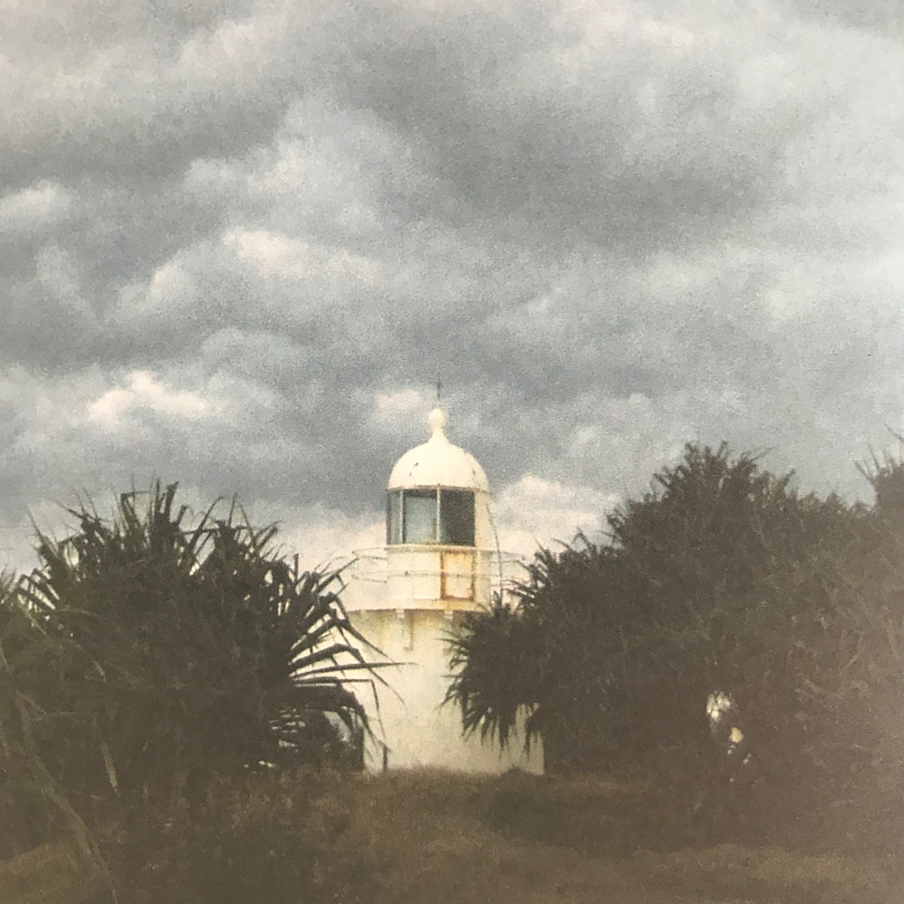 The Fingal Head lighthouse (Photo by H. Cutts).