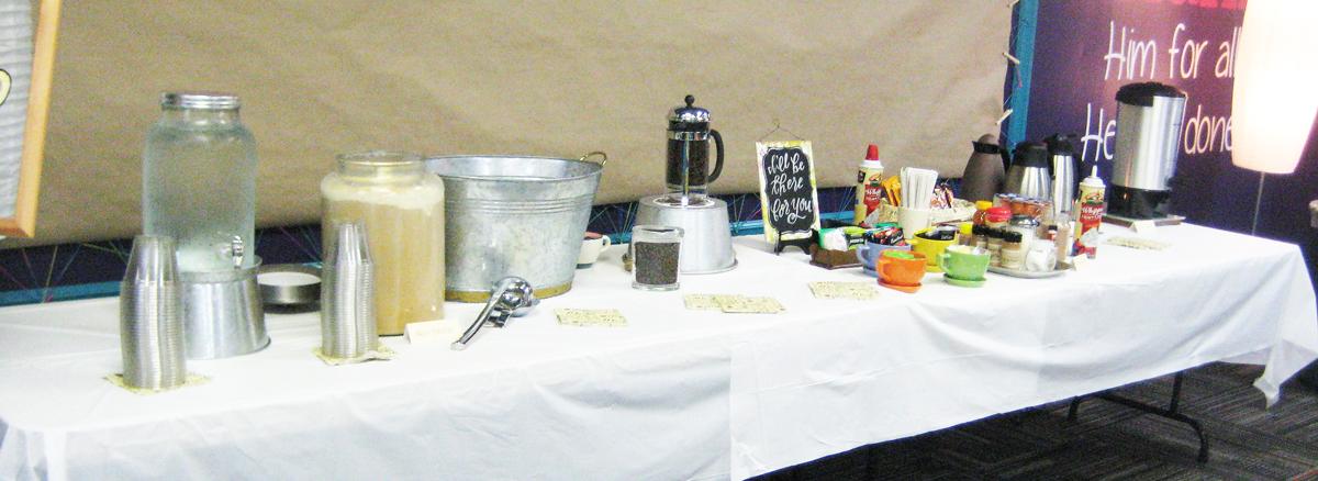 central-perk-bridal-shower-coffee-bar
