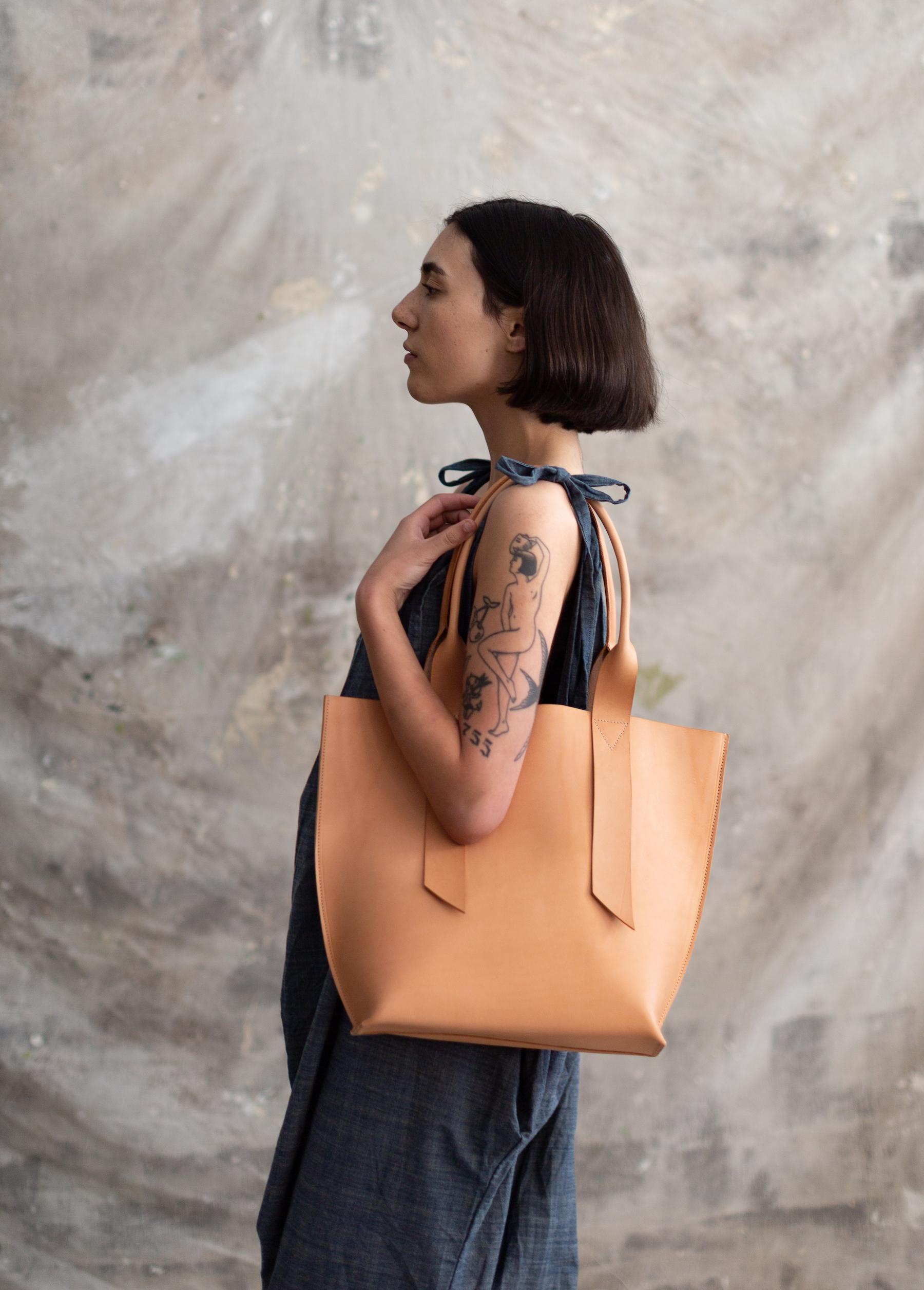 Pennyroyal Violet Bag in natural veg tan