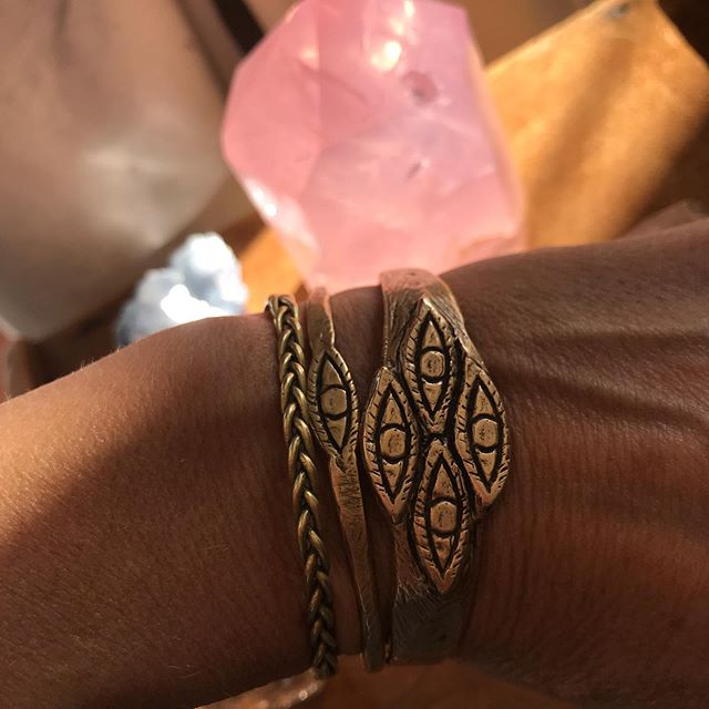 sun streaming through rose quartz  Cuffs: Alien Skin, Evil Eye Protector & Brass Braid all available on my site - tap images to shop.  #independentjeweler #paganjewelry #metaphysicalhealing #crystals #jewelrylosangeles #riojeweler #evileyejewelry #witchythings #talismans #protectivejewelry