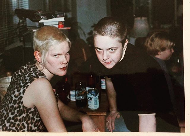 #fbf to me & Kandee somewhere deep in the 90's complete with chelsea haircut riot grrl mugs 💪🏾😑 sending heaps of love to you @degrawgenes  #telluride #chelseahaircut #riotgirls #riotgrrls #thirdwavefeminism