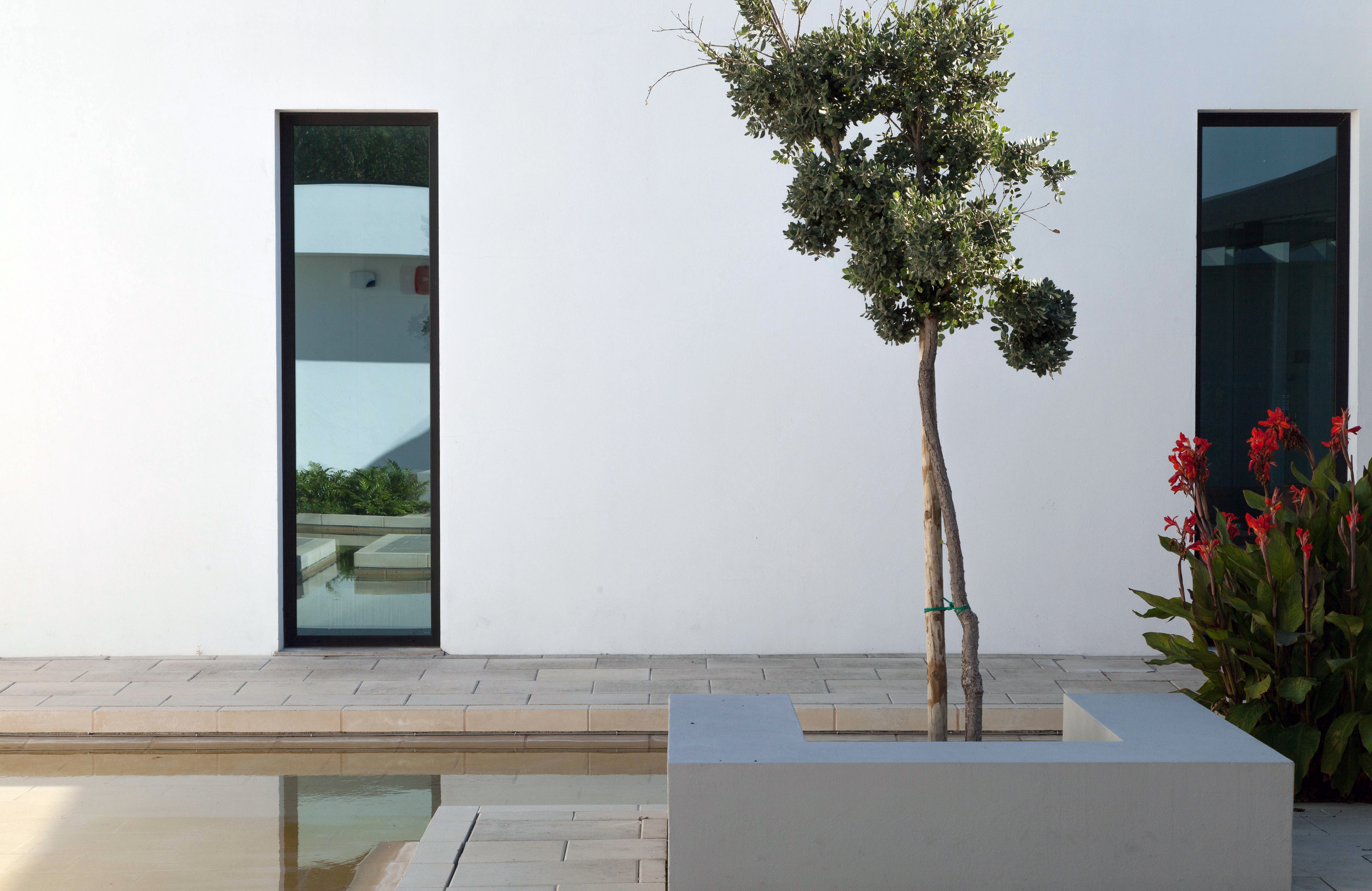 "Sustainable Architecture, Fogo Island, OTO arquitectos, Portuguese Architecture, Archdaily Building of the Year, Archmarathon Overall winner,       Normal   0       21       false   false   false     PT   X-NONE   X-NONE                                                                                                                                                                                                                                                                                                                                                                                                                                                                                                                                                                                                                                                                                                                                                                                                                                                                                    /* Style Definitions */ table.MsoNormalTable {mso-style-name:""Tabela normal""; mso-tstyle-rowband-size:0; mso-tstyle-colband-size:0; mso-style-noshow:yes; mso-style-priority:99; mso-style-parent:""""; mso-padding-alt:0cm 5.4pt 0cm 5.4pt; mso-para-margin:0cm; mso-para-margin-bottom:.0001pt; mso-pagination:widow-orphan; font-size:12.0pt; font-family:Calibri; mso-ascii-font-family:Calibri; mso-ascii-theme-font:minor-latin; mso-hansi-font-family:Calibri; mso-hansi-theme-font:minor-latin;}     projecto de arquitectura, arquitectura obra, arquitecto preço, arquitectura, arquitectura de interiores, projecto de execução, arquitectura algarve, reabilitação apartamentos, arquitectura low cost, best architects, arquitectura sustentável, arquitectura bioclimática, arquitectura e reabilitação, reabilitação Lisboa"