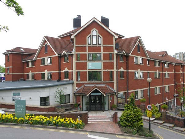 Spire Bristol Hospital.jpg