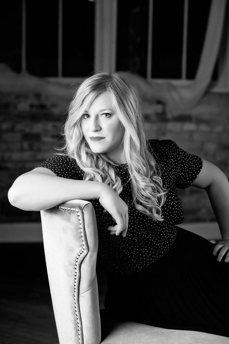Iowa's glamour portrait photographer