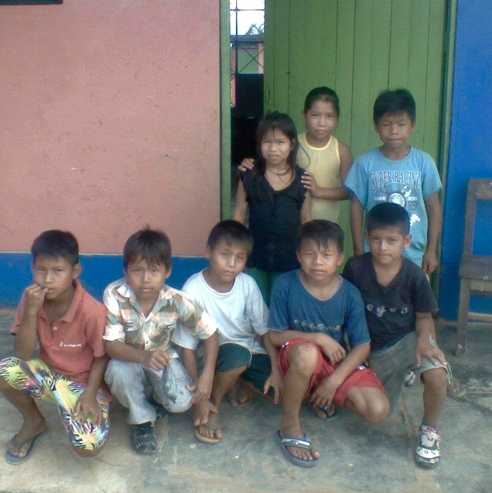 Nehemías's students in the Shipibo-Konibo community