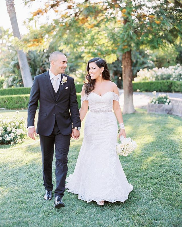 These two just celebrated their anniversary! It was such an honor to document their Spring wedding at @newhallmansion! ⠀ ⠀ ⠀ Venue: @newhallmansion  Photography: @stevetorresphoto Planner: @tdahlgrenevents  Hair: @carmen_mua Makeup: @glamourbyhosway  Gown: @watters ⠀ . . . . . . . . . #newhallmansion #newhallmansionwedding #piruwedding #weddinganniversary #brideandgroomphotos #weddingportraits #contax645 #weddingbouquet #filmweddingphotography #californiabride #springwedding #springweddings #socalwedding #theknotwedding #theknot #stylemeprettyweddings #dappergroom #joywed #bridetobe #filmweddingphotographer #spokaneweddingphotographer #coeurdaleneweddingphotographer #losangelesweddingphotographer #destinationweddings #weddinginspiration