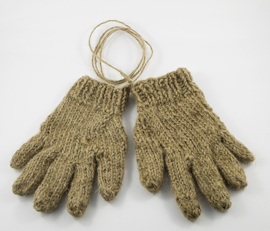 Hessian Glove for a Ten Year Old Boy