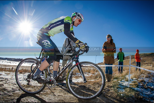 Rob turning in a solid ride. ©Dejan Smaic