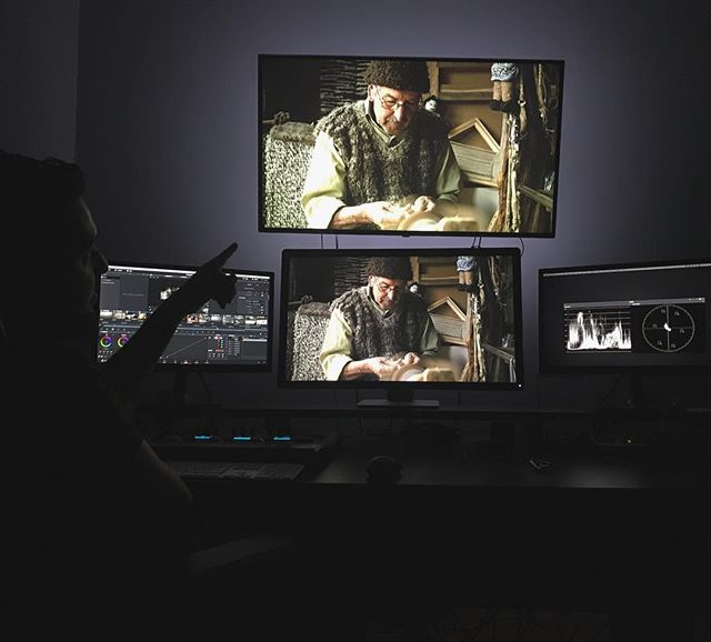 """A throwback to the editing room of our movie """"FUTALEUFU - A River Calling"""", selected for two amazing film festivals in Italy and Hawaii. #riff #mauifilmfestival #futaleufu #editroom #throwback"""