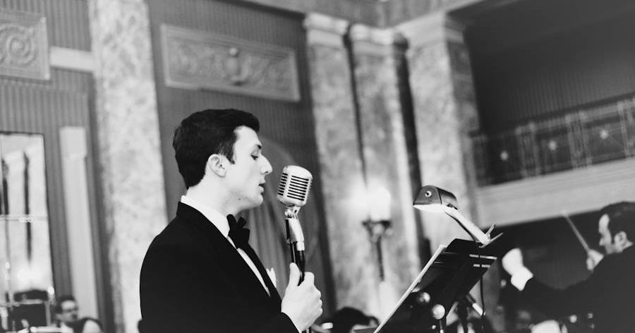 Vocalist Joe Scalzitti