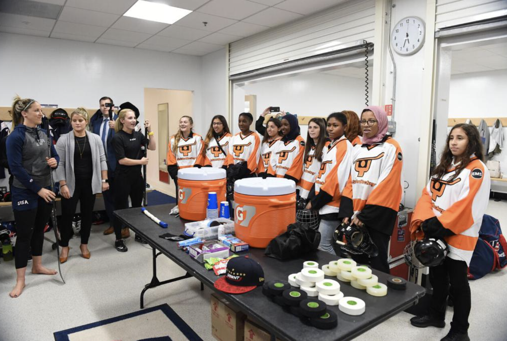 11 young ladies from Snider Hockey came to visit the USWNT for their game vs Canada (in Boston)as guests of the Lamoureux Twins and were embraced and shown the ropes on game night by Team USA.