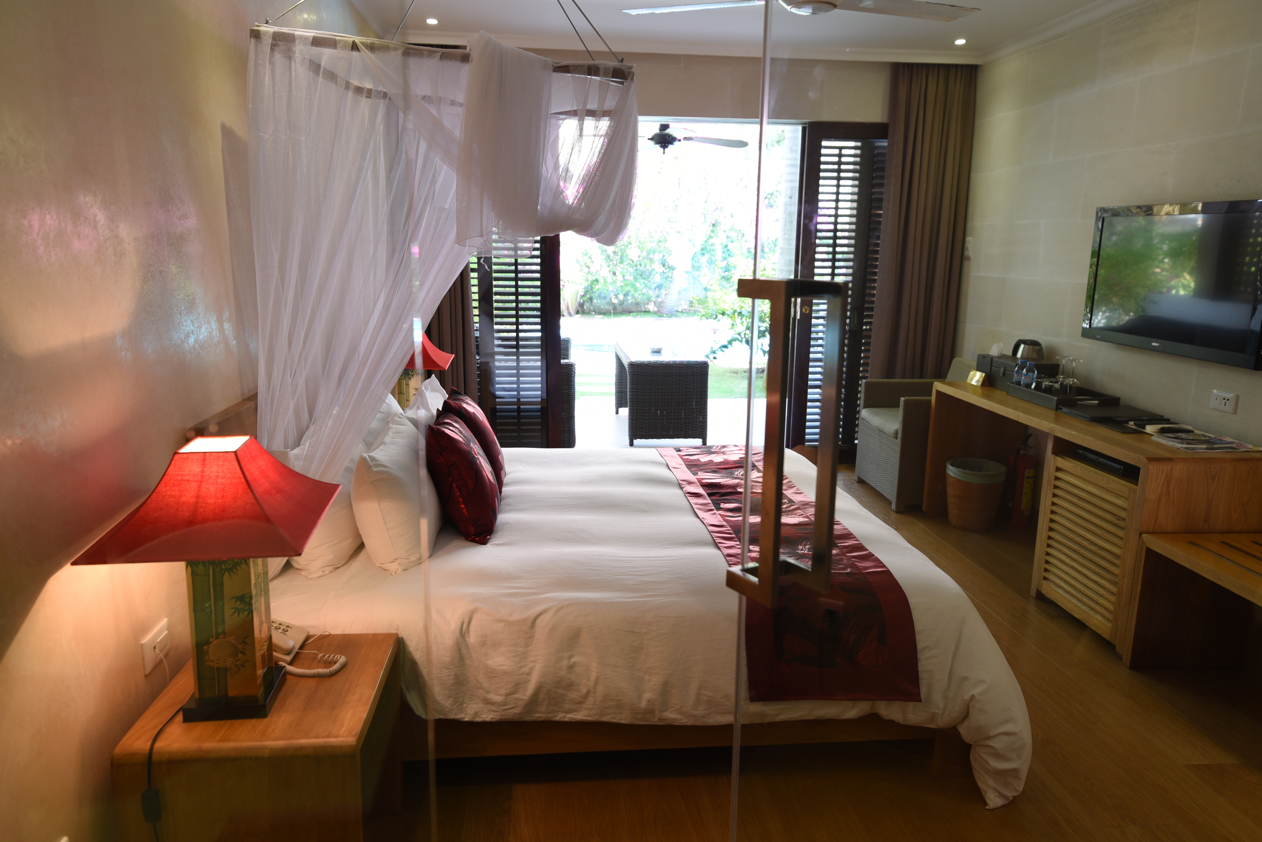 POOL ACCESS DOUBLE ROOM