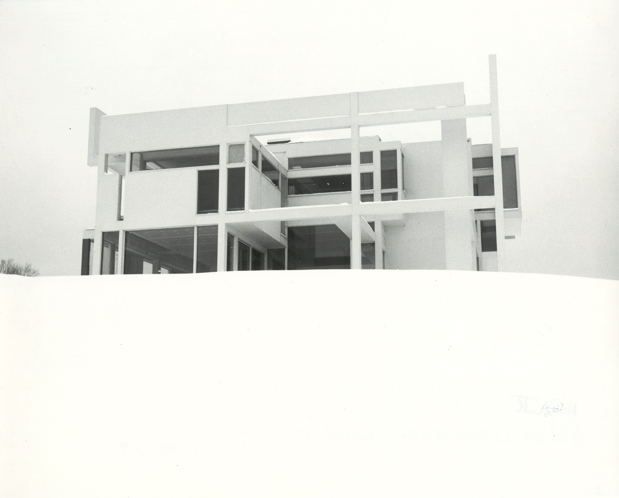 A photograph of House II was mistaken for a model by a French magazine.
