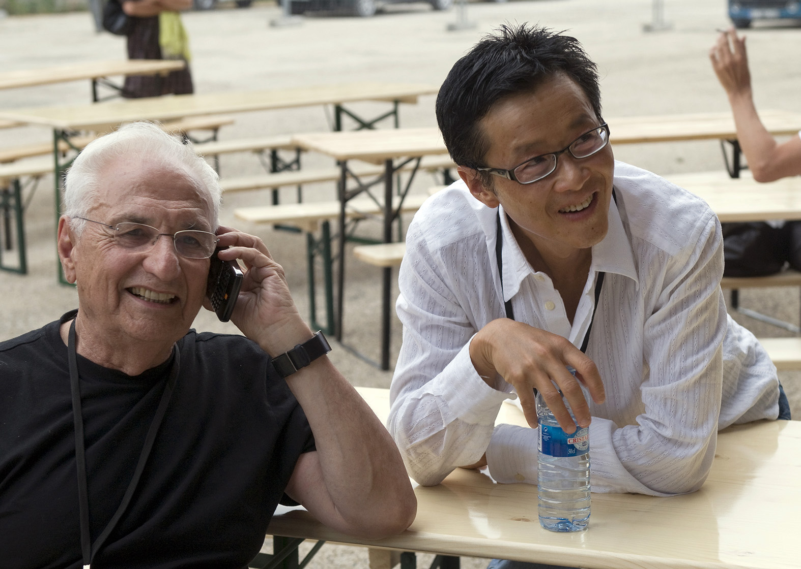 Edwin Chan with Frank Gehry, Photo by Thomas Mayer