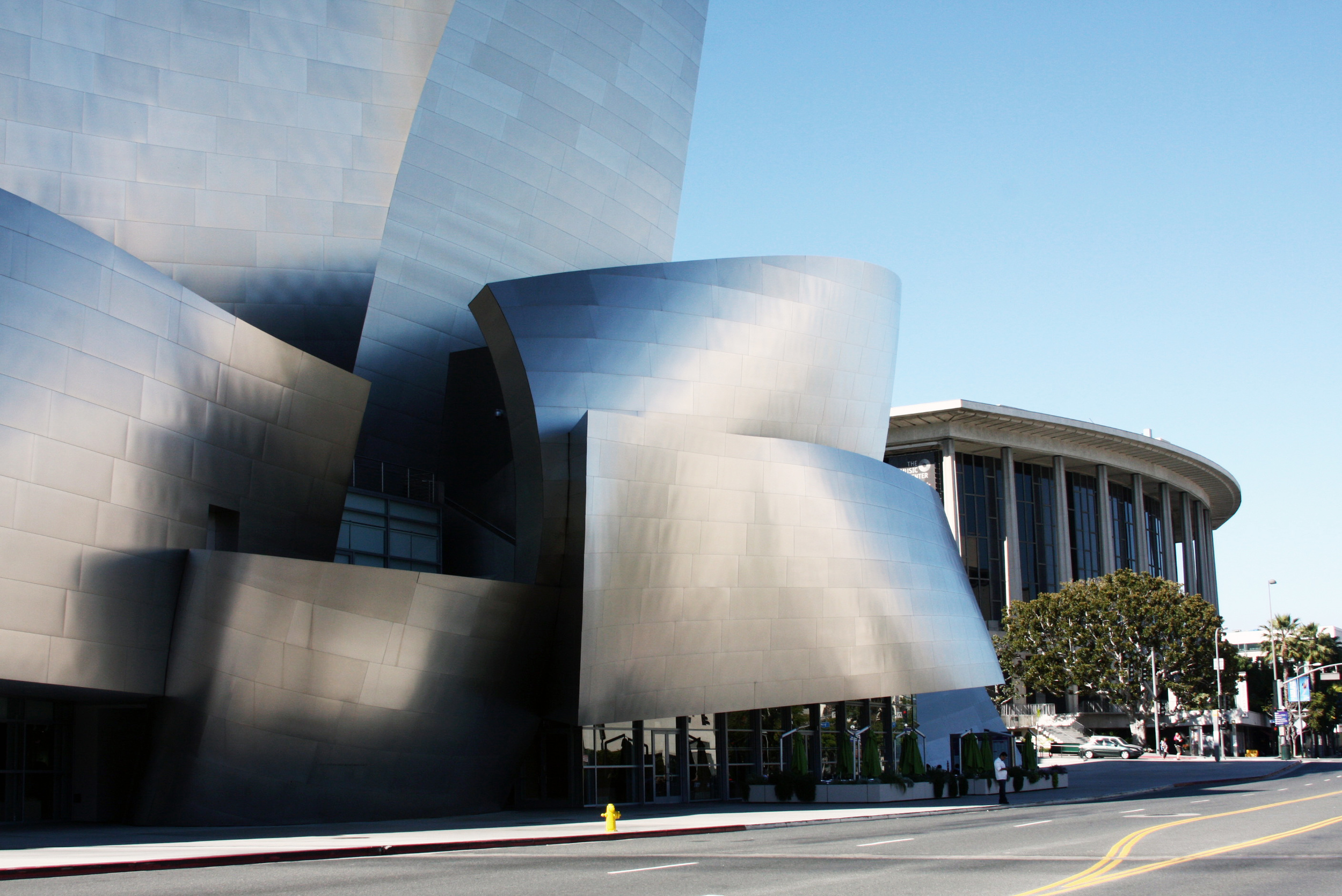 Walt Disney Music Hall with the Dorothy Chandler Pavilion in the background