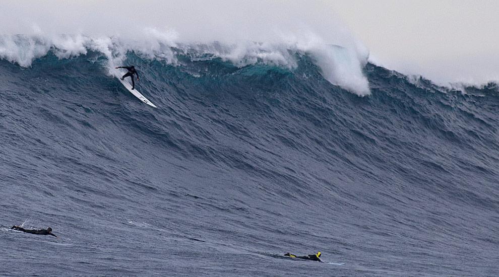 One of Santa Cruz's ever popular big wave surfers Mr. Shawn Dollar is our guest