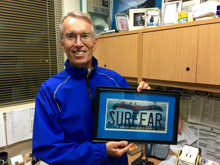 Dr. Hetzler is the worlds foremost expert on Surfers Ear, and makes his annual appearance on the show,