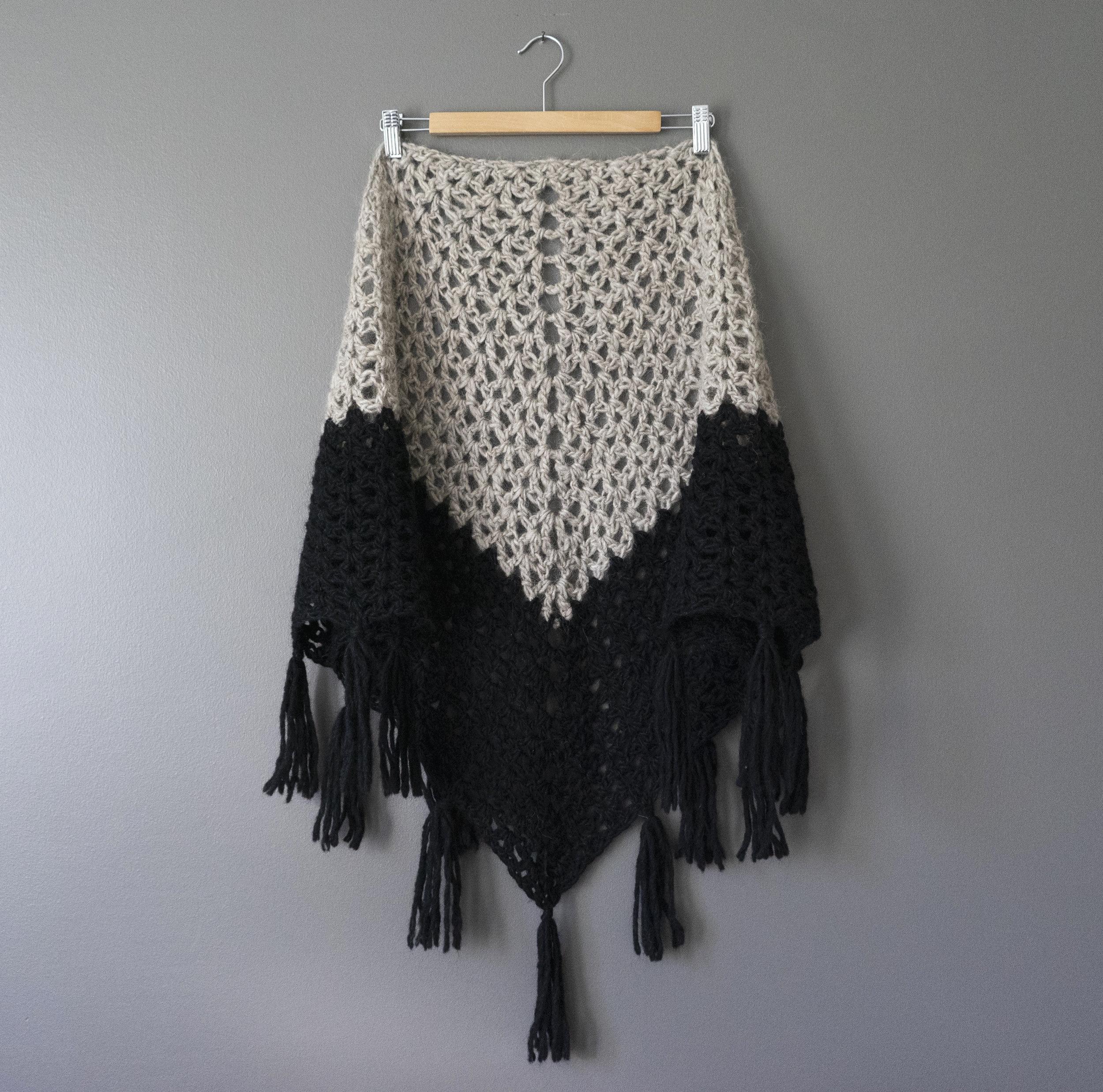 Dipped_shawl.jpg