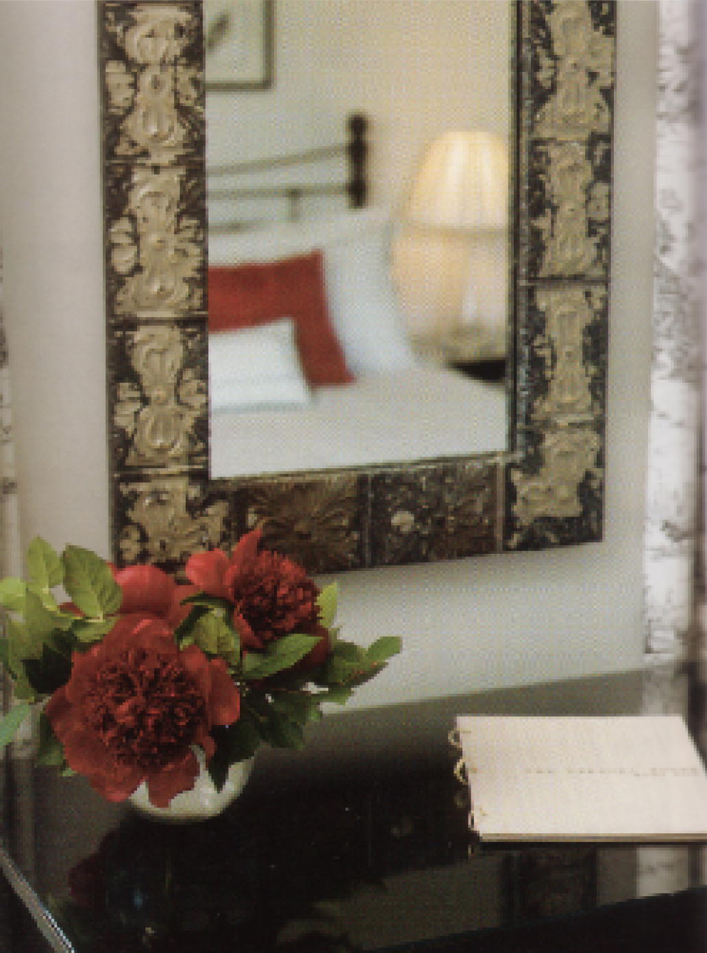 FOR SQ.SPACE-GUEST ROOM RED2.jpg