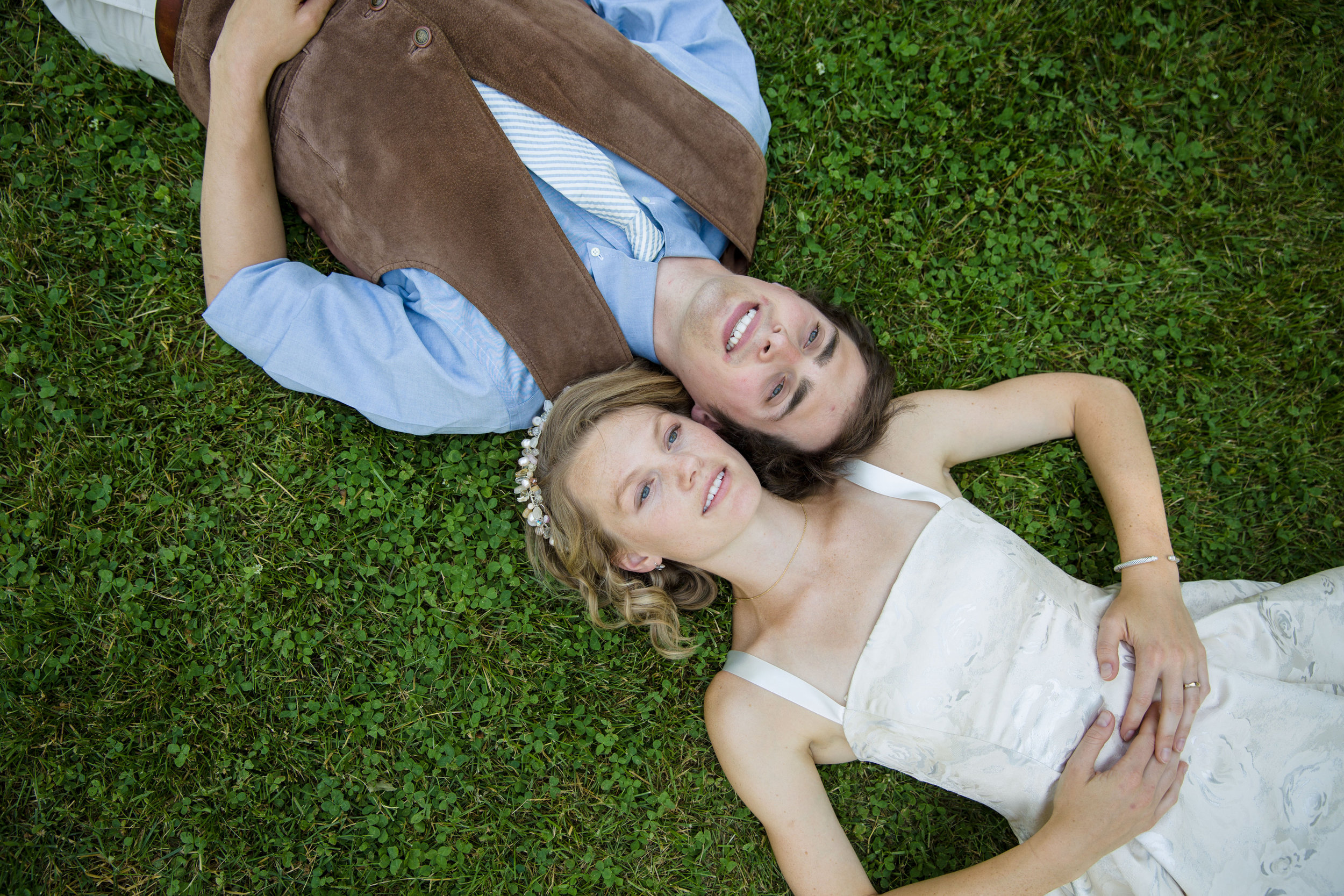 Colin and Hana-couple portraits-0022.jpg
