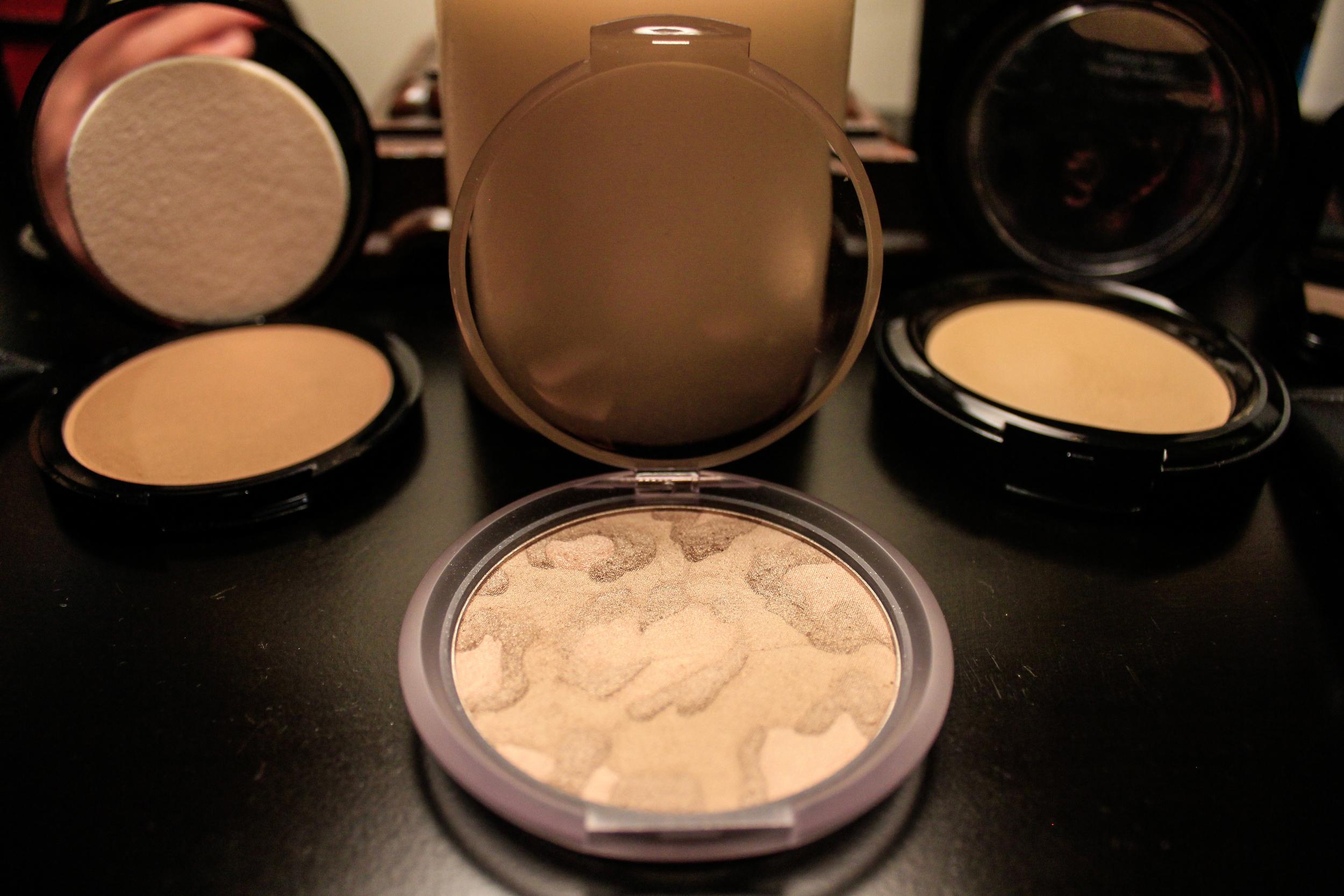 Copy of Baked bronzing powder $29